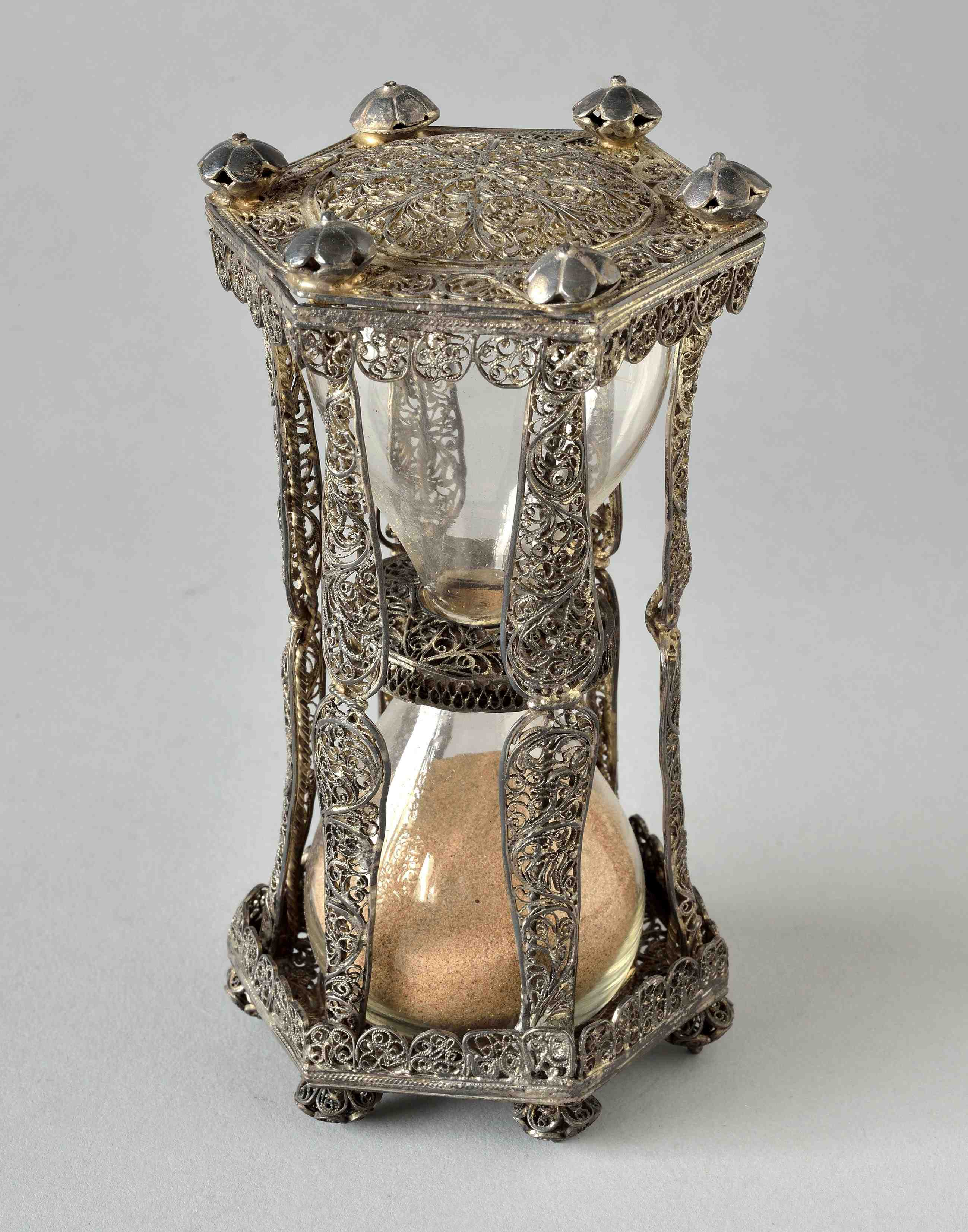 Sanduhr aus venezianischem Silber (Foto: Delalande, Paris)