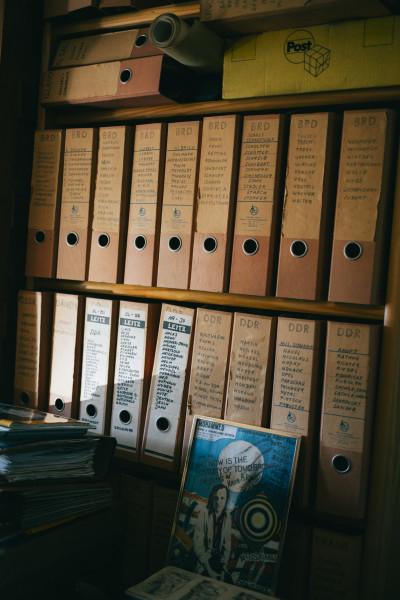 Ein Blick in das Mail-Art-Archiv der Künstlerin Ruth Wolf-Rehfeldt