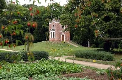 Das Schlangenhaus im Schlossgarten Luisium des Gartenreichs Dessau-Wörlitz