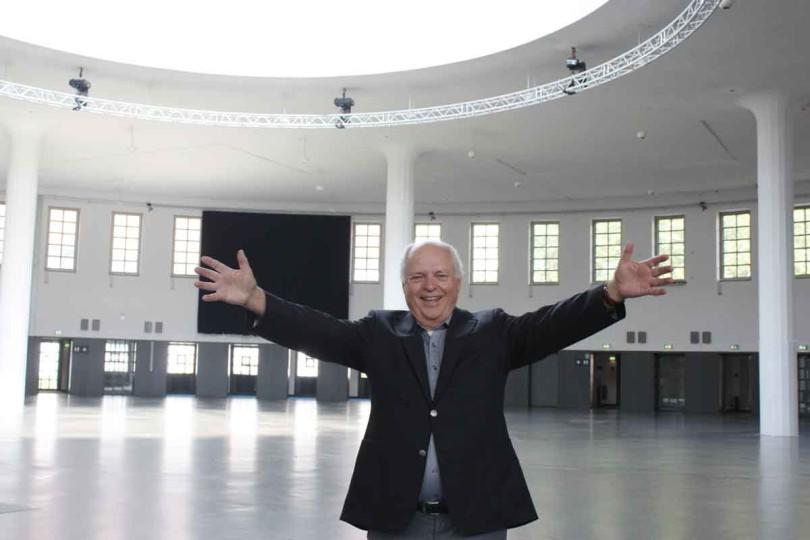 Messeleiter Andreas Ramer freut sich über den neuen Veranstaltungsort der