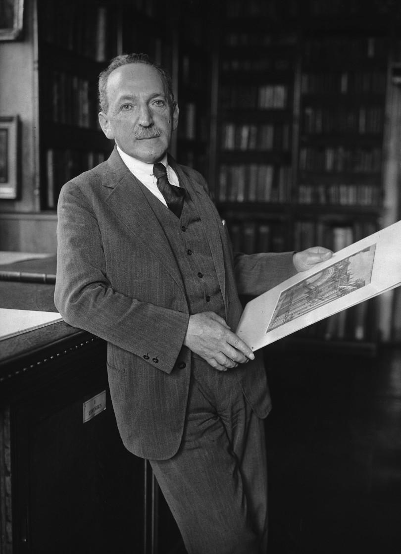 Max Friedländer 1927 im Berliner Kupferstichkabinett