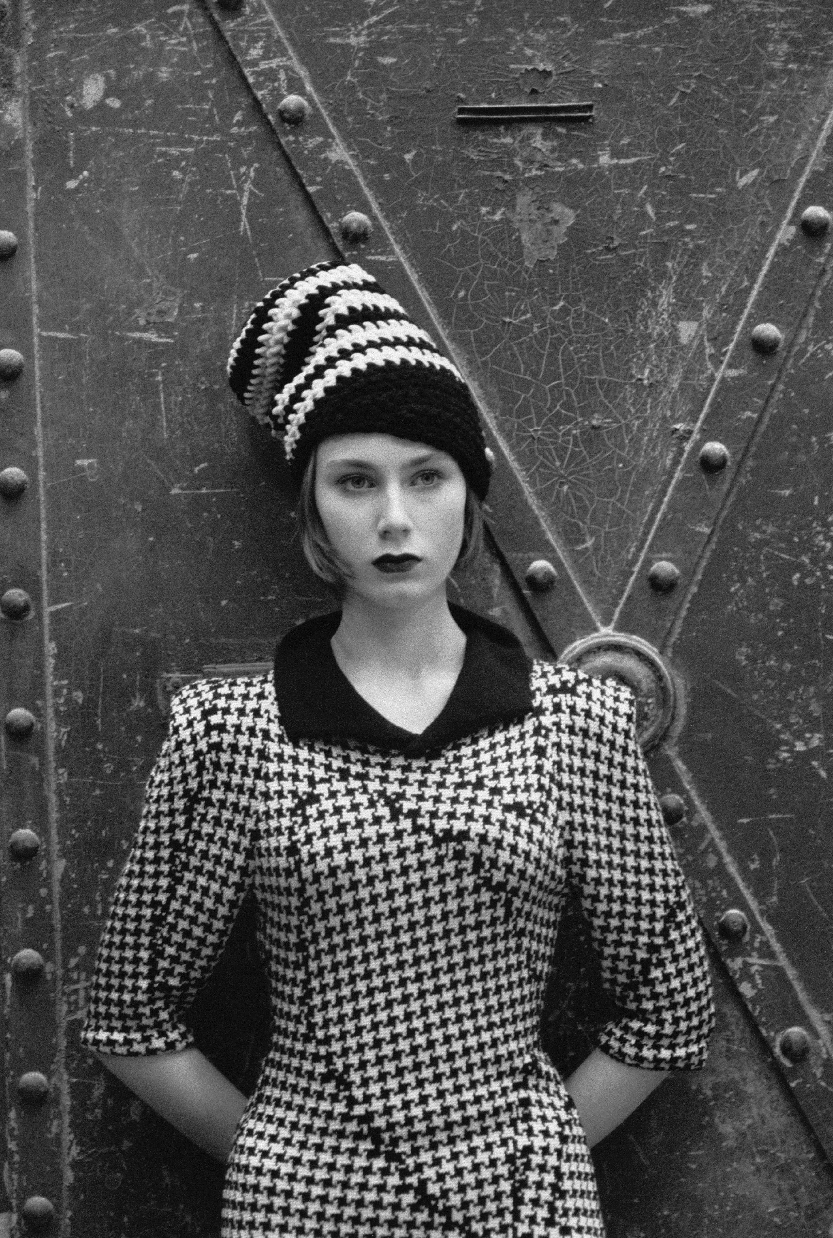 Modefoto mit Lily von Wild, 2009, Deutschland (Foto: Sibylle Bergemann)