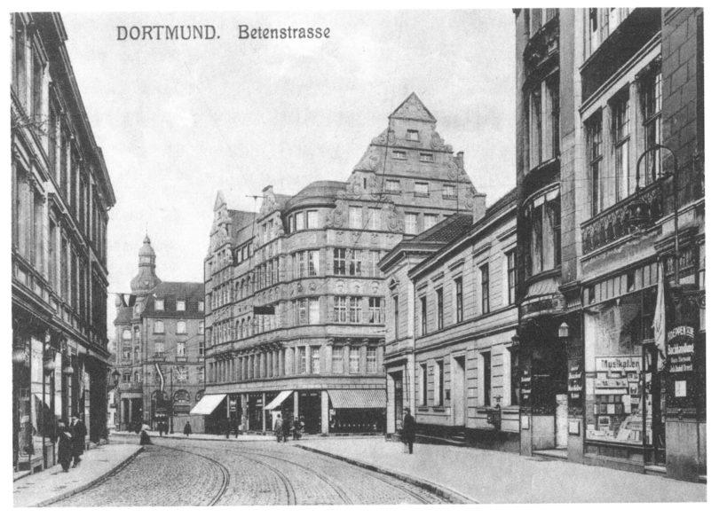 Blick in die Betenstraße 1918 mit dem neuen Geschäftshaus der Kunsthandlung, (Foto: Galerie Utermann)