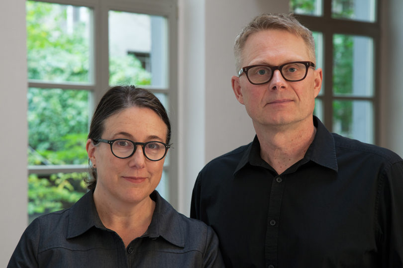 Teresa Hubbard / Alexander Birchler in ihrem Studio in Berlin 2016. (Courtesy the Artists and Tanya Bonakdar Gallery, New York, Lora Reynolds Gallery, Austin Foto: Hayley Austin)