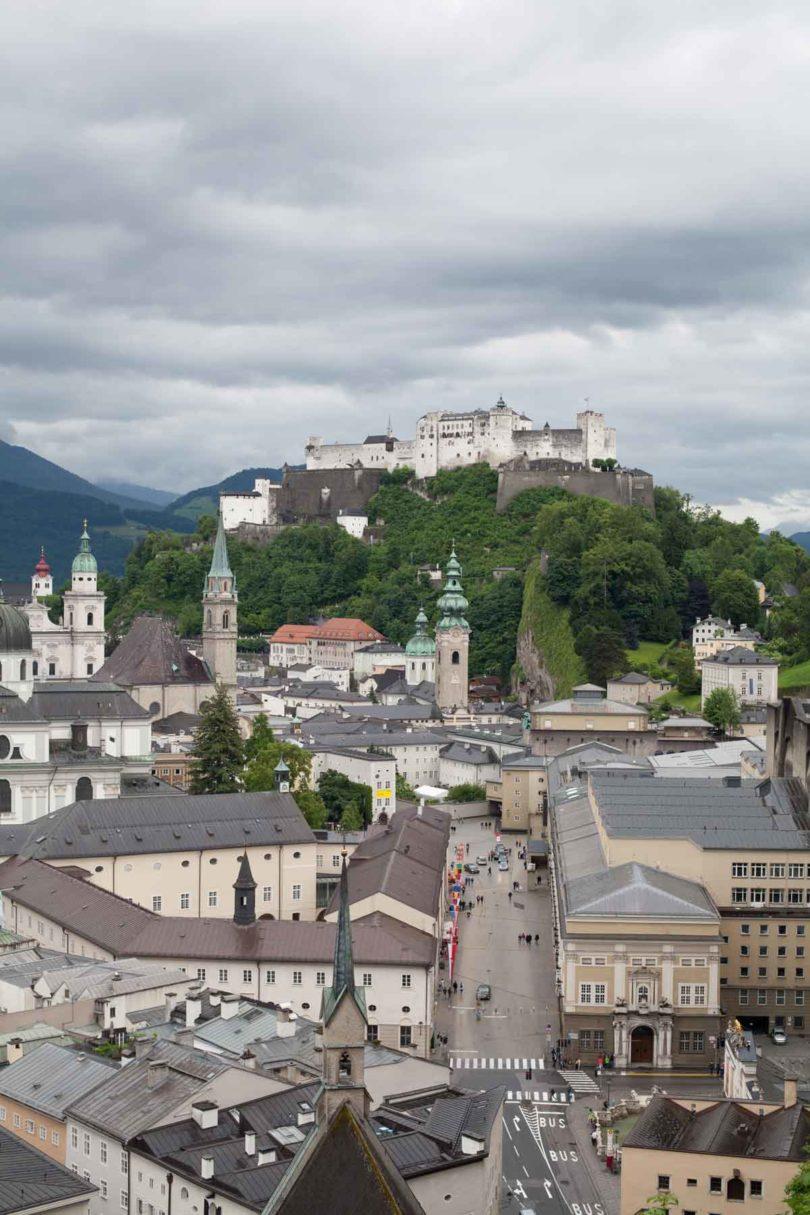 Ansicht der Salzburg (Foto: Nora Ströbel)