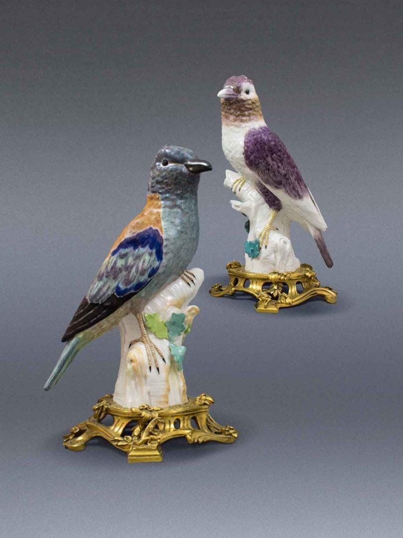 Zwei KPM-Mandelkrähen, um 1765, von Langeloh Porcelain