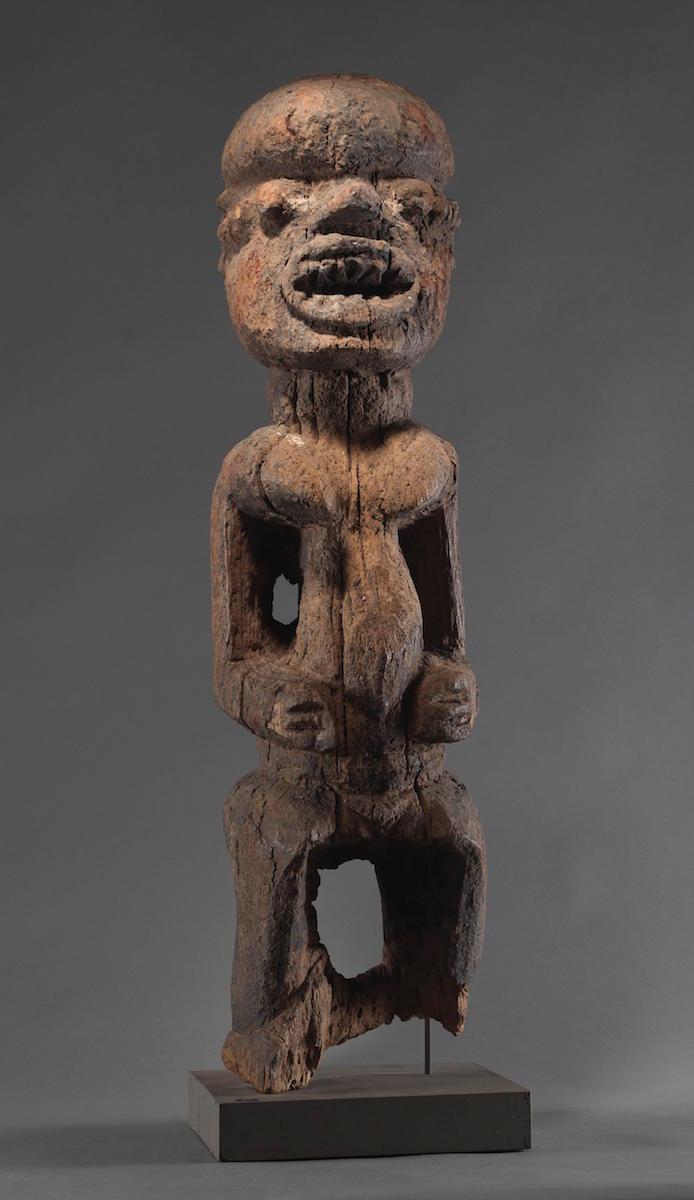 Boki Frauen-Figur, Holz, Nigeria, Frühes 20. Jh., 39 cm, Lot Nr. 25, Rufpreis 12 000 €, Foto: Dorotheum, Wien
