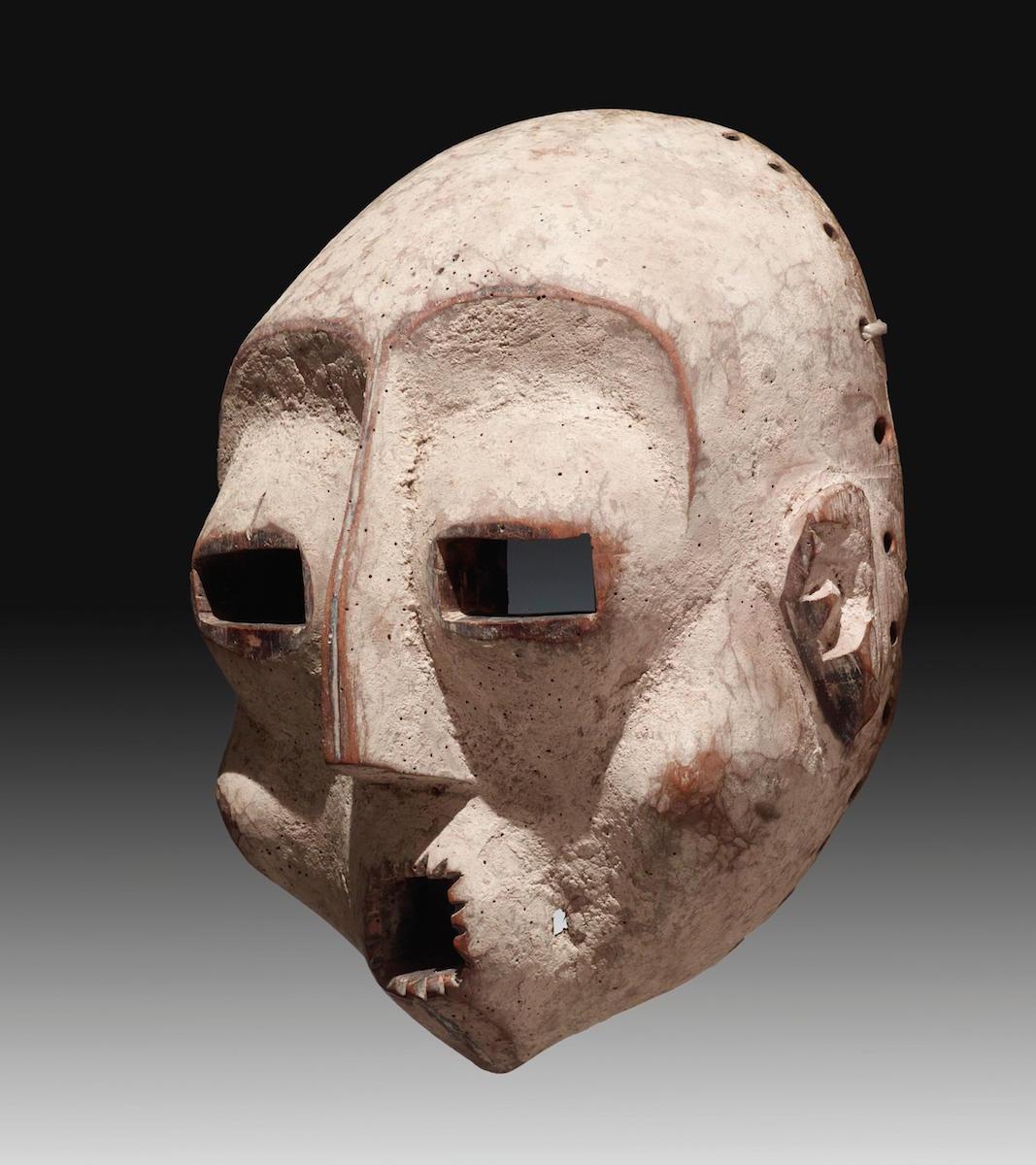 "Lega ""Idimu"" Maske, Holz, DR Kongo, um 1900, 44 cm, Lot Nr. 46, Rufpreis 30 000 €, Foto: Dorotheum, Wien"