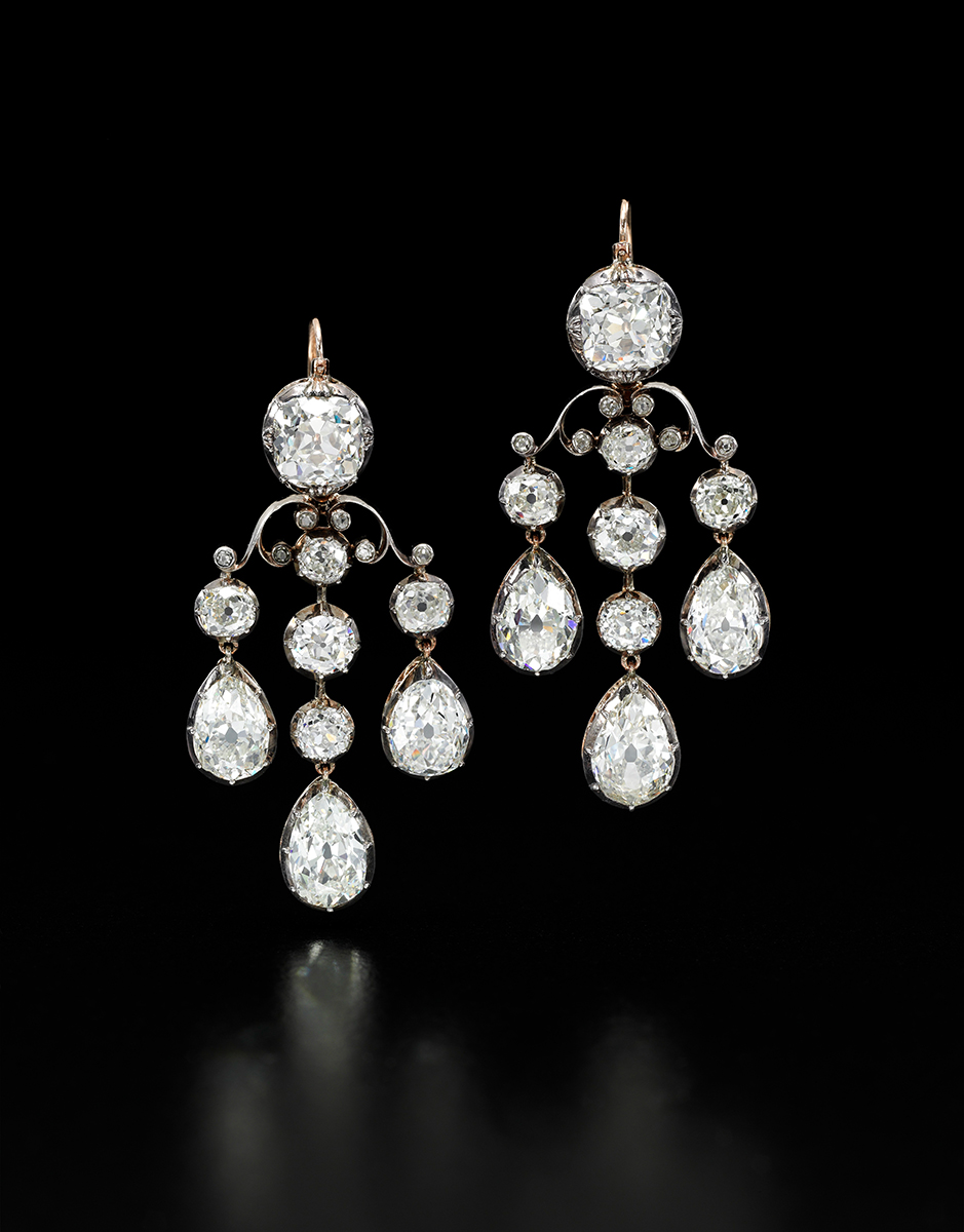 Diamant-Chandelier-Ohrringe, Royal Jewels from the Bourbon Parma Family, Foto: Sotheby's