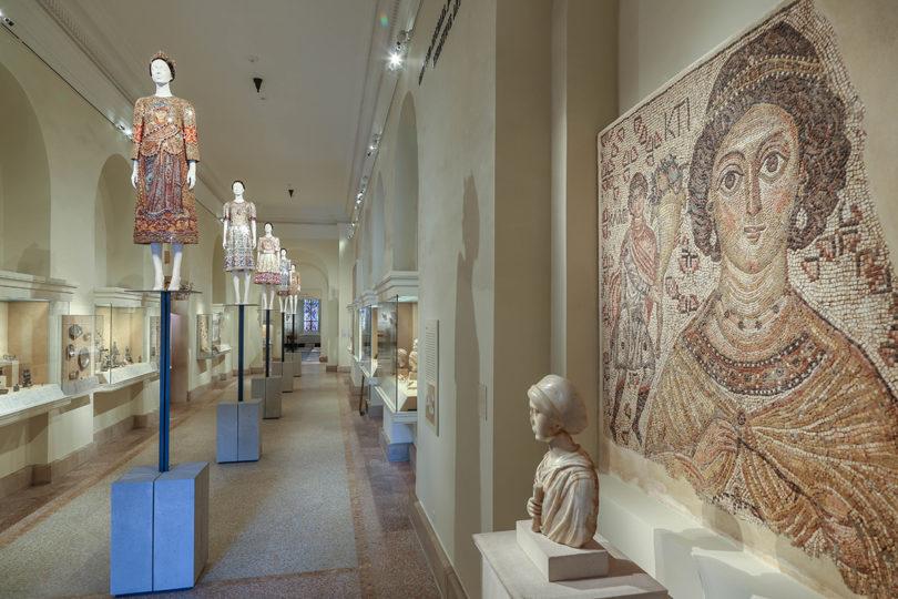 Dolce & Gabbana's Herbst/Winter Kollektion 2013–14 in der Mary and Michael Jaharis Galleries for Byzantine Art, Foto: © The Metropolitan Museum of Art