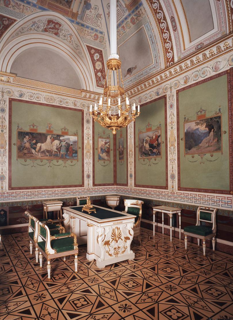 Appartement der Königin, Schreibkabinett, Foto: Rainer Herrmann, Maria Scherf © Bayerische Schlösserverwaltung
