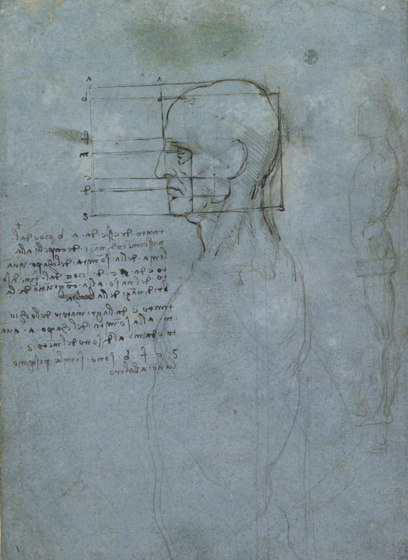 Mit Proportionsstudien, wie sie schon in der Antike üblich waren, erschloss sich Leonardo den menschlichen Körper. Die Vermessung eines Männerkopfs mit der typischen Spiegelschrift entstand 1489/90 und gehört der englischen Königin, Bild: Royal Collection Trust / © Her Majesty Queen Elizabeth II 2019