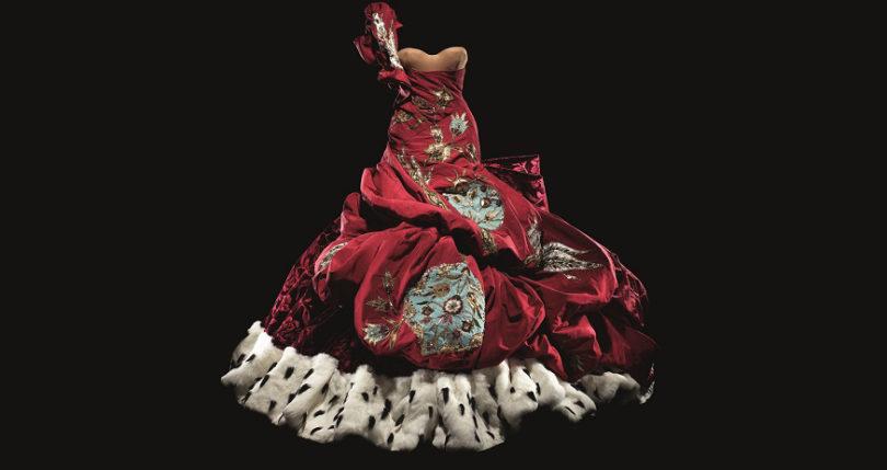 Galliano für Dior, 2004. London, Victoria & Albert Museum: »Christian Dior: Designer of Dreams«, bis 14. Juli. Foto: Laziz Hamani, Dior Héritage collection, Paris