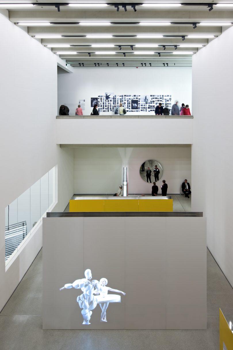 """Bauhaus Museum Weimar, Ausstellungsbereich """"Bühne"""", Andrew Alberts, © heike hanada laboratory of art and architecture"""