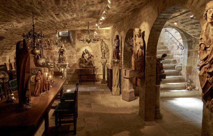 Blick in den Gewölbekeller von Senger Kunsthandel, Foto: Senger Kunsthandel