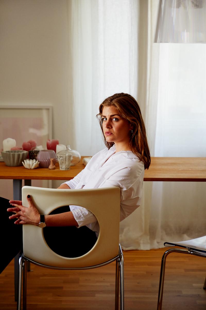 Sophia Vonier im Porträt, fotografiert von Roderick Aichinger für WELTKUNST