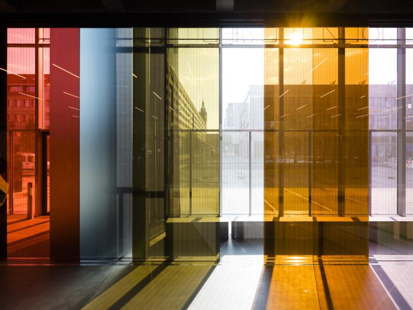 Das Bauhaus Museum Dessau im funktionalen, neue Bau von Addenda Architects, Lichtspielhaus von Lucy Raven, Stiftung Bauhaus Dessau, Foto: Thomas Meyer / OSTKREUZ, 2019