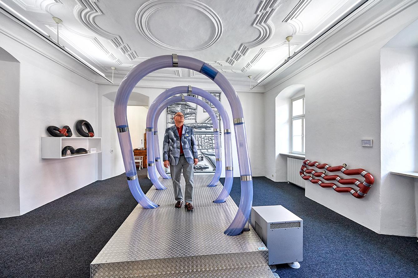 """Luft hören, sehen, erleben und verstehen: Das Luftmuseum ist Teil des Museumsnetzwerkes """"Zeitgenössische Kunst in der Oberpfalz"""", Foto: www.bayern.by - Florian Trykowski"""