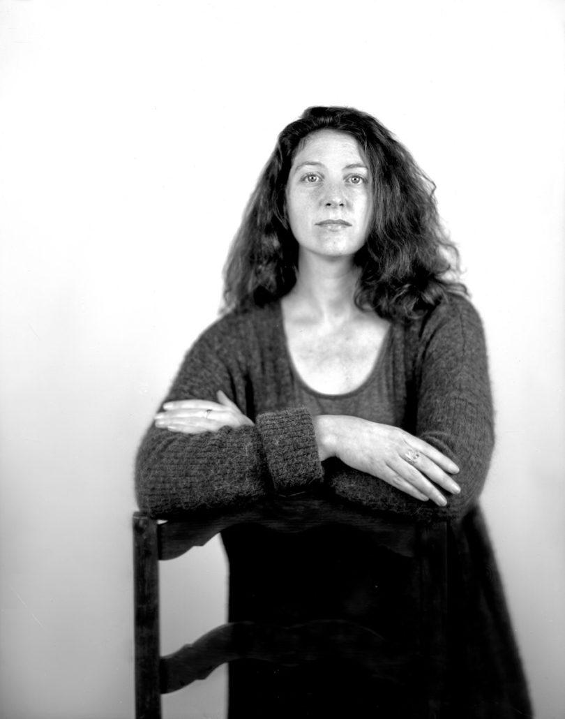 Yaëlle Biro ist Kustodin in der Afrika-Abteilung des Metropolitan Museum. Ein zentraler Fokus ihrer Arbeit ist die Geschichte des Handelns, Sammelns und Ausstellens von afrikanischer Kunst, Foto: Daniel Krasner