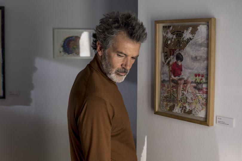 Antonio Banderas als Regisseur Salvador Mallo in