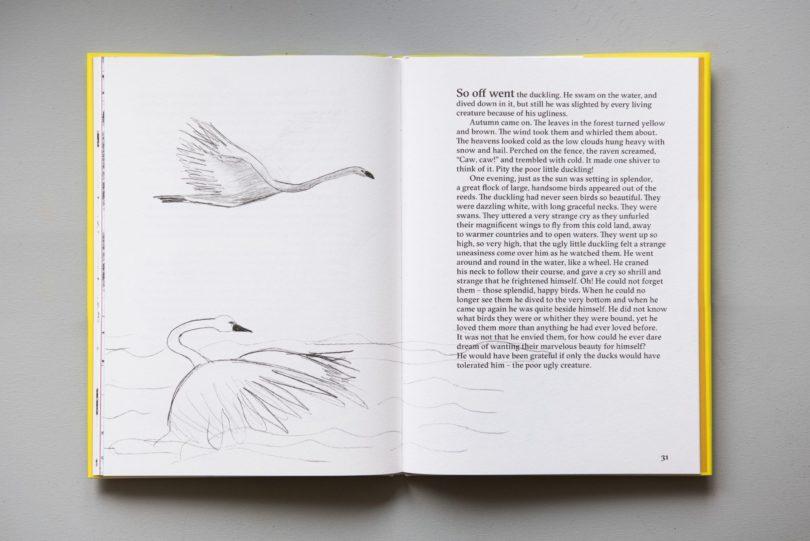 The Ugly Duckling von Hans Christian Andersen & Marina Abramovic, 40 Seiten, Louisiana Museum of Modern Art / Illustrationen © Marina Abramović