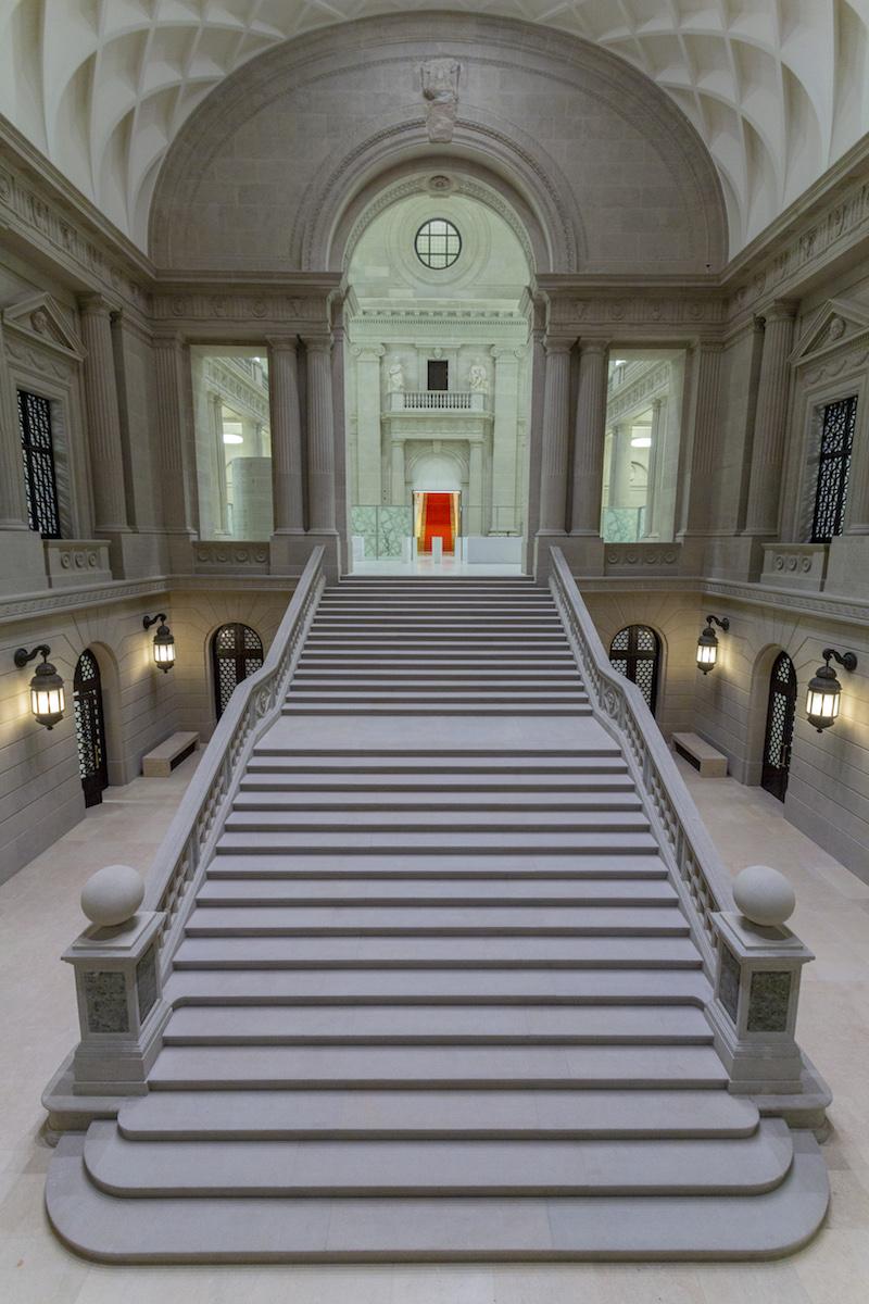 Blick ins Treppenhaus der Staatsbibliothek unter den Linden, Foto: Jörg F. Müller, Berlin
