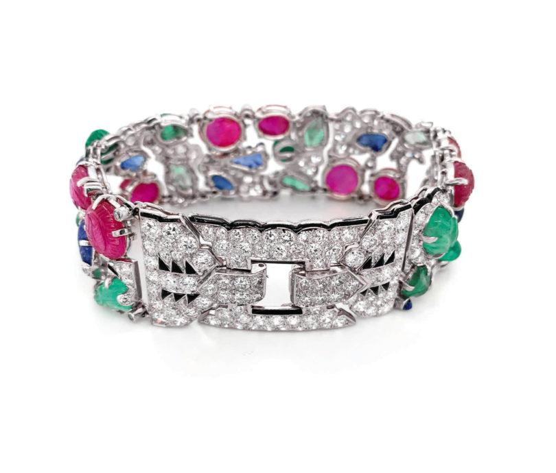 Rekord-Hammerpreis für Juwelenschmuckstücke in einer Onlineauktion: Das 1930er Tutti Frutti Armband von Cartier erzielte 2020 bei Sotheby's 1,1 Millionen Dollar (Copyright: Sotheby's)