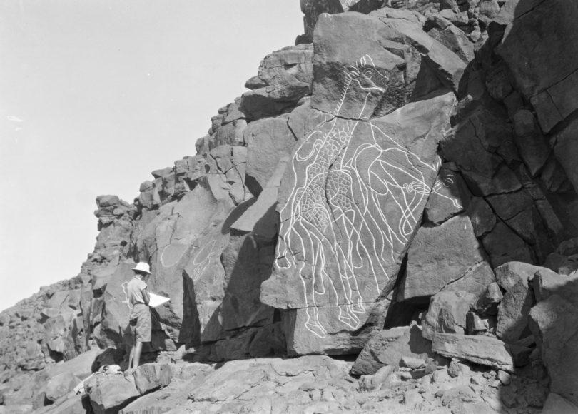 Gravierungen im Fels